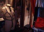 creation  de  harnais  de  cuir  ,  pony  girls  ,  esclave  ,  etc  ,  sur  commande  et  selon  vos  desirs  ,  a  partir  de  30  euros  !
